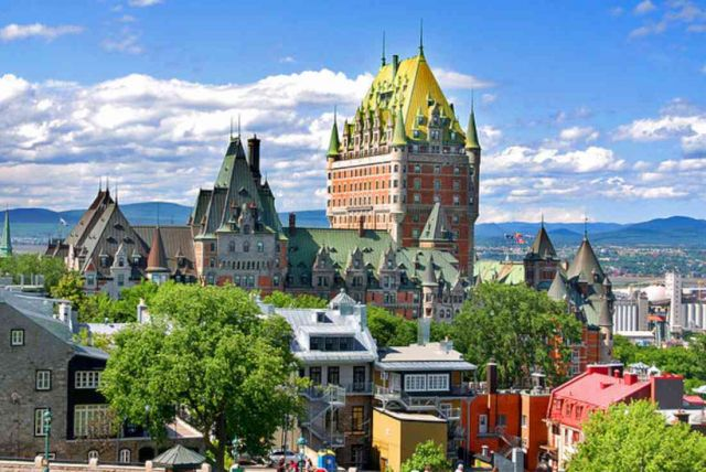 canada-view-over-old-quebec-1100